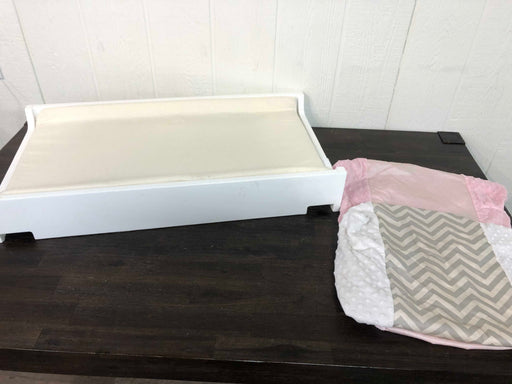 used Bloom Universal Change Tray With Mat