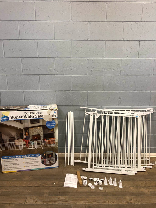 used Regalo Double Door Super Wide Safety Gate