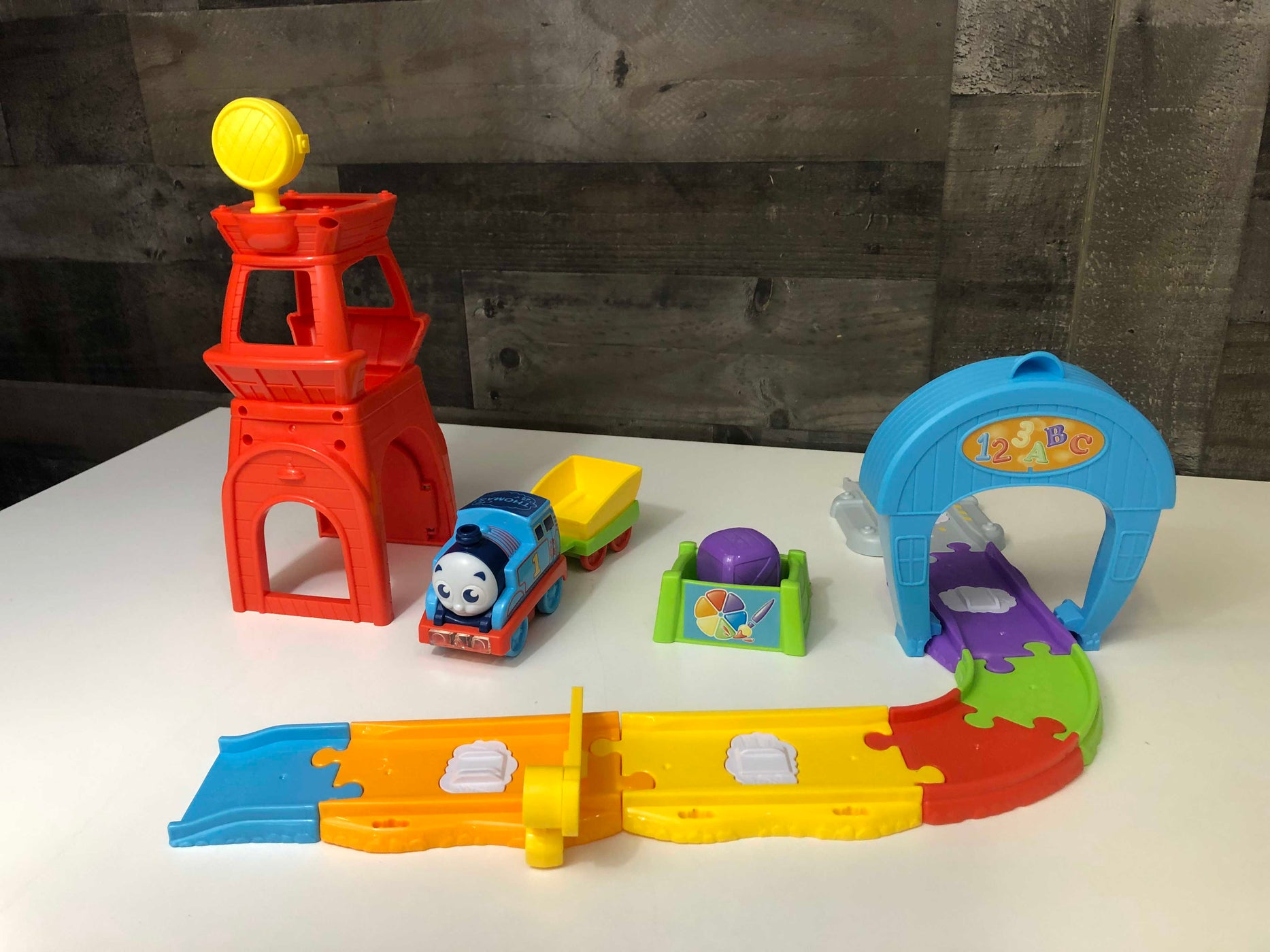 Thomas & Friends Railway Pals Rescue Tower