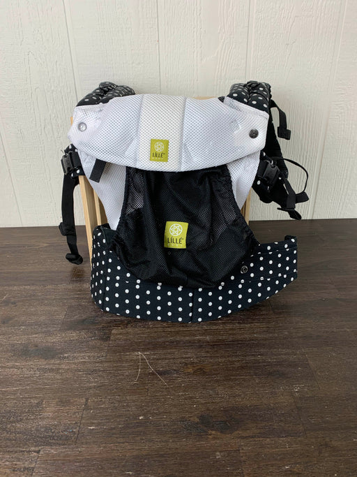 used Lillebaby Complete Airflow Baby Carrier