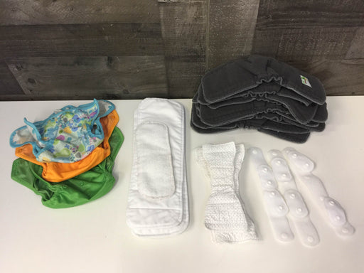 used BUNDLE Cloth Diapers and Inserts