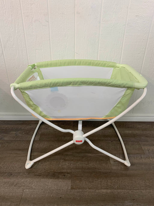 secondhand Fisher Price Rock N' Play Portable Bassinet