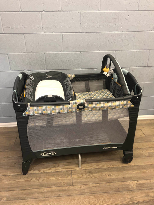 used Graco Pack 'n Play Playard Napper & Changer