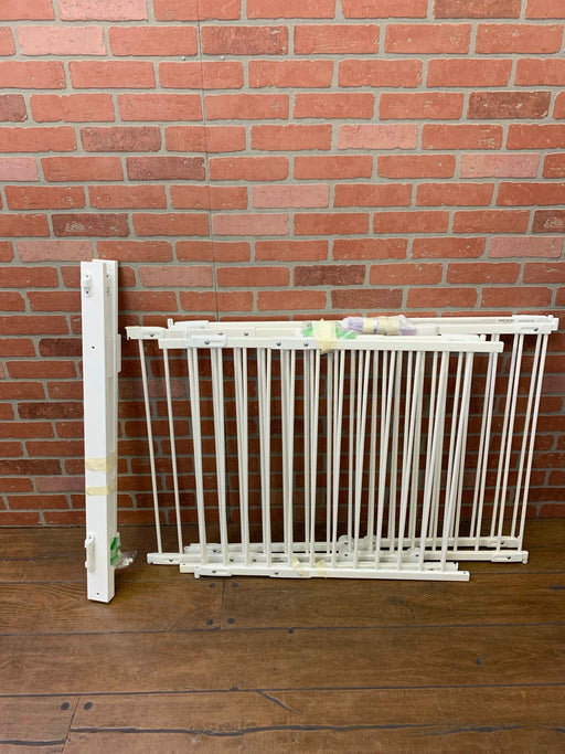 used KidCo Angle Mount Safeway Gate