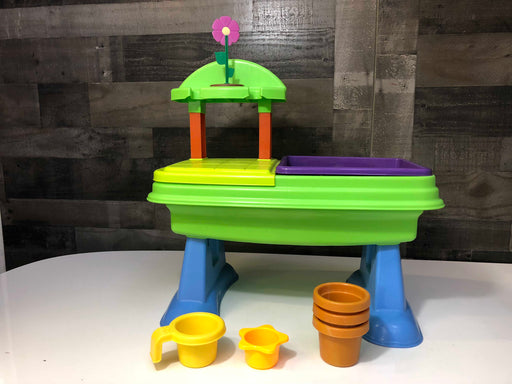 Little Tykes Garden Table
