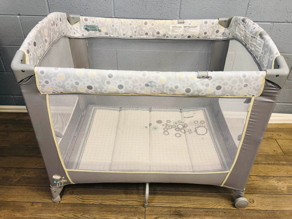 Bright Starts Ingenuity Sleepeasy Incline Playard