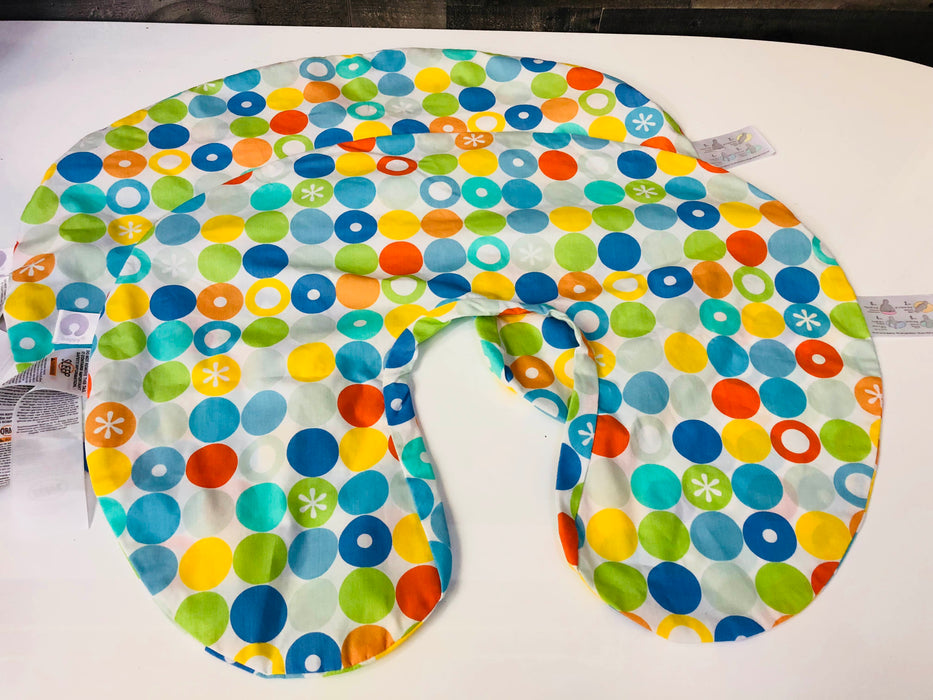 Boppy Nursing Pillow And Covers