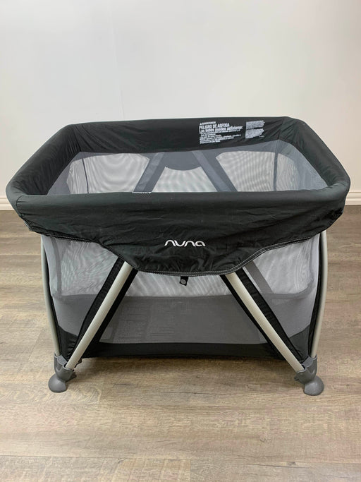 secondhand Nuna SENA Playard