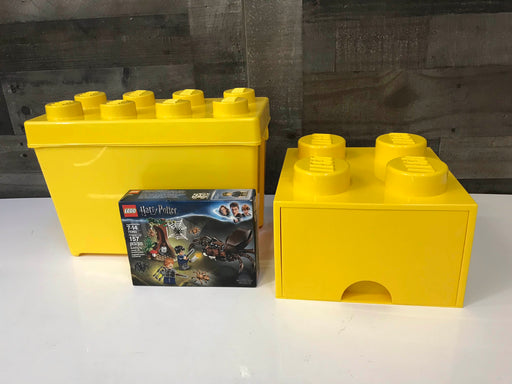 BUNDLE LEGO Set And Storage Containers