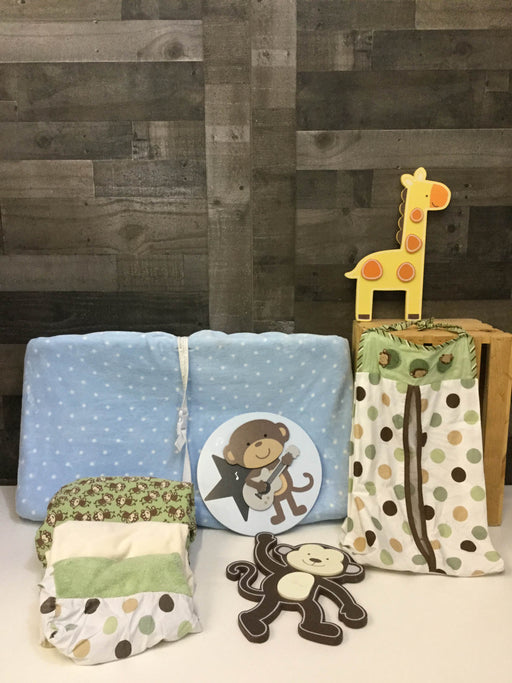 used BUNDLE Nursery Accessories