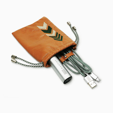 Gaucho TechPACK, Tan: Mobile Phone Accessories Kit + Power Bank