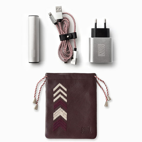 Gaucho TECHPACK, Bordeaux Red: Mobile Phone Accessories Kit + Power Bank