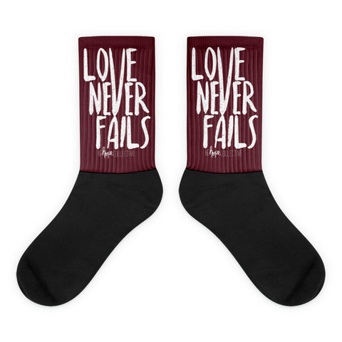 Love Never Fails Socks (Truffle)