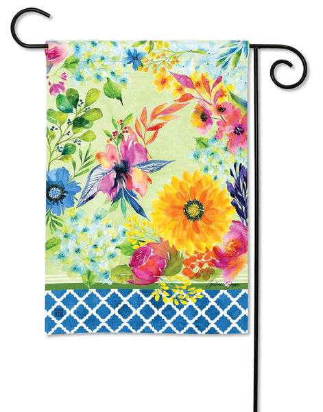 Fresh and Pretty Floral Garden Flag