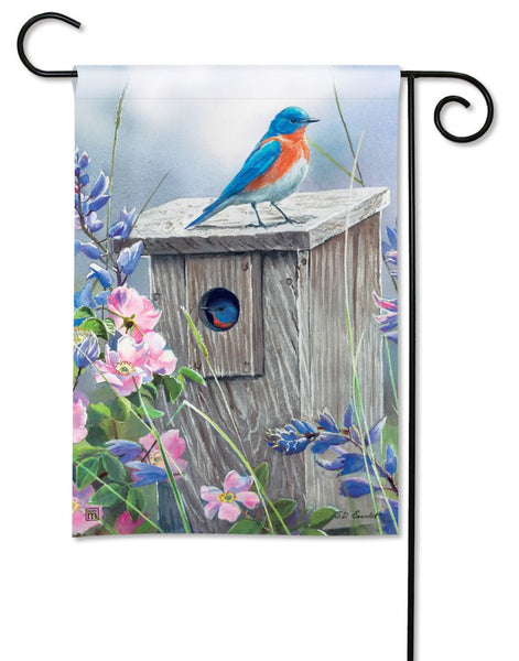Bluebird Lookout Garden Flag