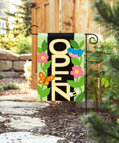 Open Applique Garden Flag