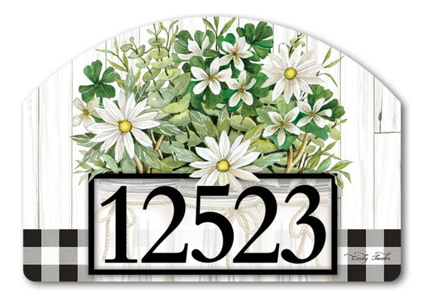 Farmhouse Daisies Yard DeSign