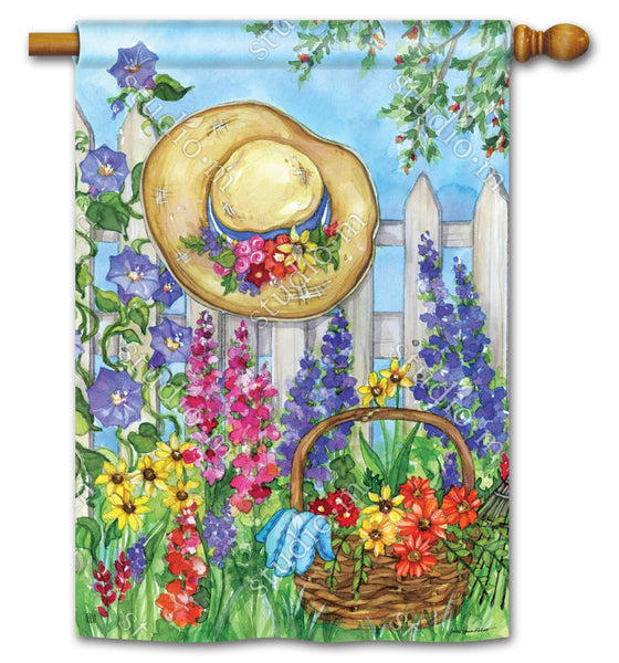 Springtime Beauty Standard Flag