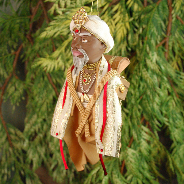 Wisemen/Maji - Africa is bringing the gift of Gold-Hanging Ornament-kenfolks