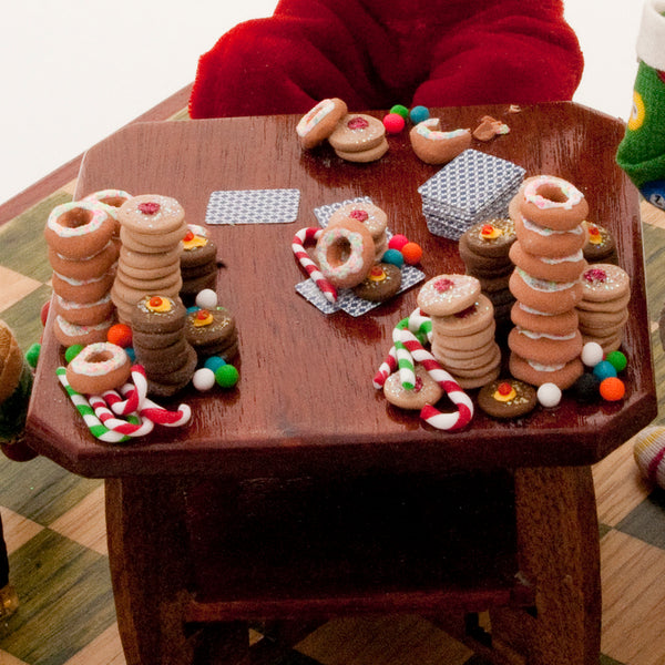 Santa playing poker - The elves have a few tricks up their sleeves-Home Decor-kenfolks
