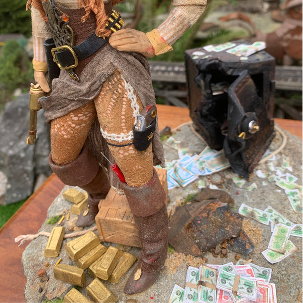 American Old West-History comes to life - Country Decor- Female Outlaw Country sculpture - Spectacular sculpture artist Ken Fedoruk-Original Art-kenfolks