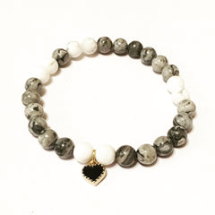 Natural pearls bracelets handmade by artisan from France