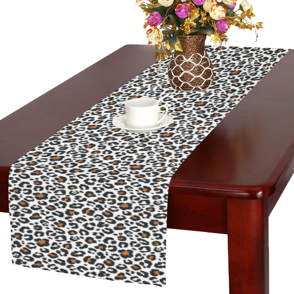 Dumdum Table Runner