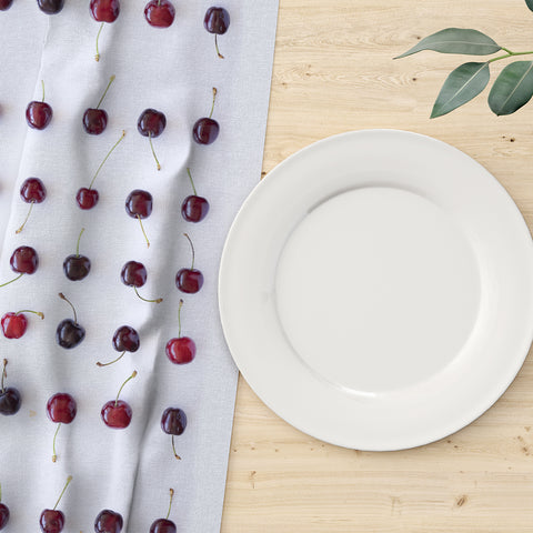 Just cherries Table Runner