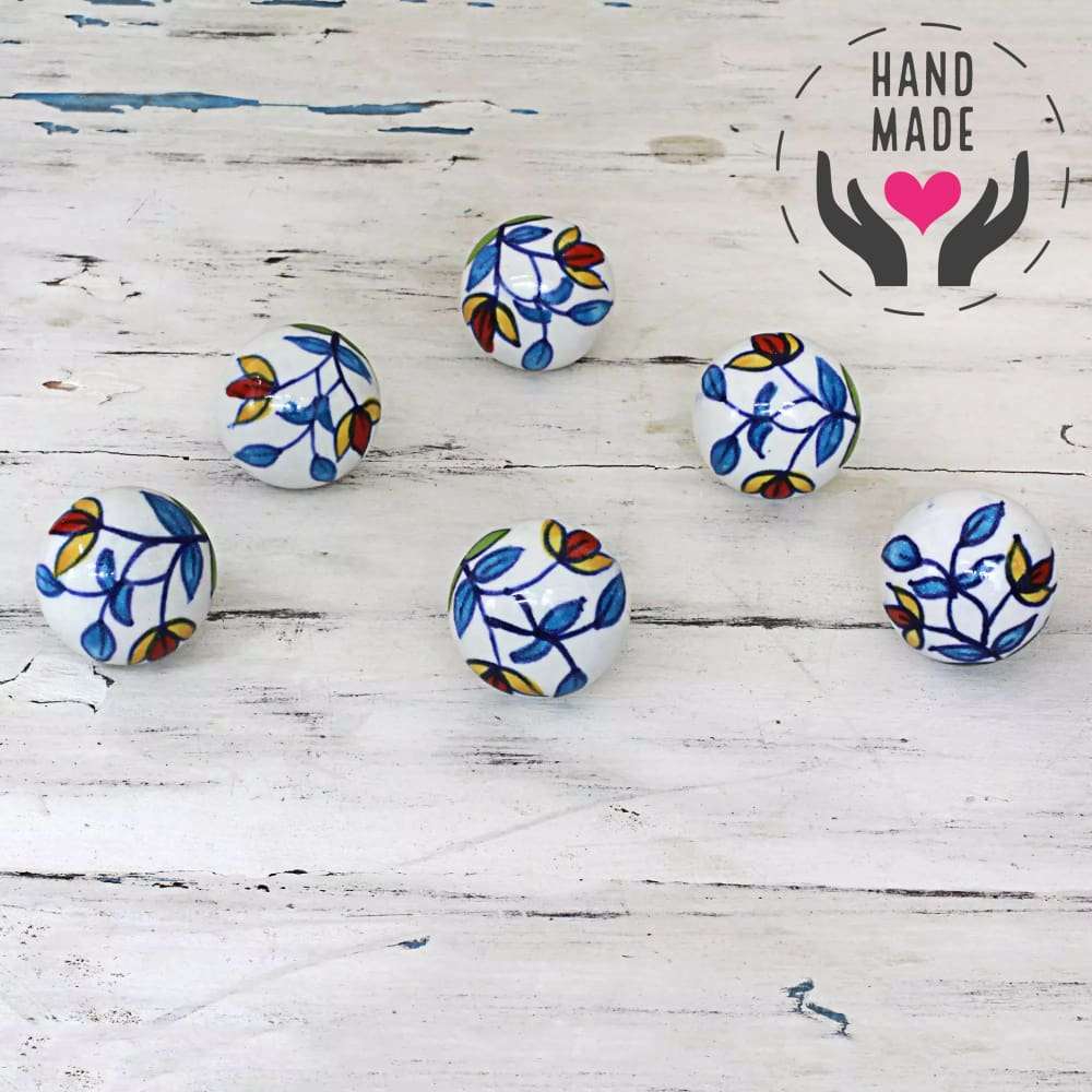 Charming Floral Knobs (6) Handles