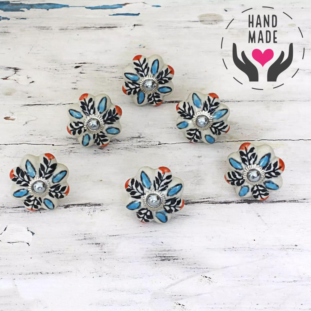 Lustrous Blossom Knobs (6) Handles