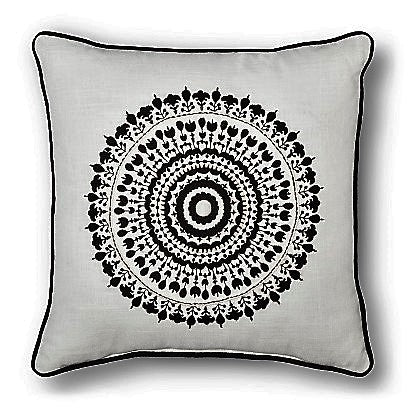 Give 10 Back 490670850935 Threshold Medallion Black & White Decorative Throw Pillow Give Ten Back Give10Back - Cyber-Monday-Black-Friday-Giving-Tuesday