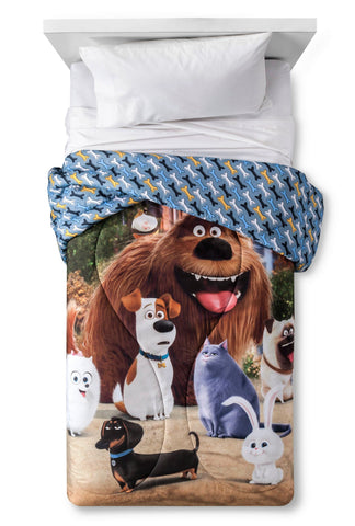 Give10Back 073558718796 The Secret Life of Pets Furry Pets Comforter in Size: Twin Give 10 Back Give Ten Back