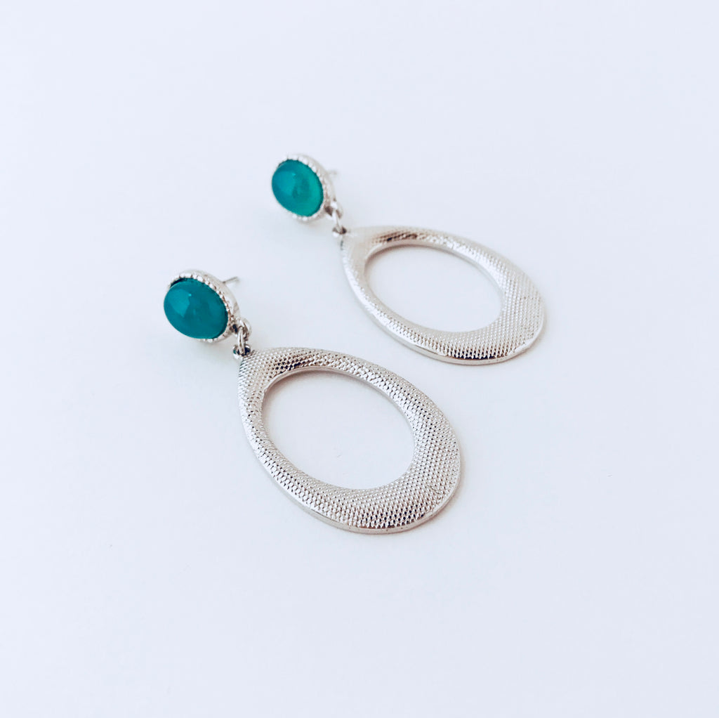 Rhodium Green Agate Dangle Earring
