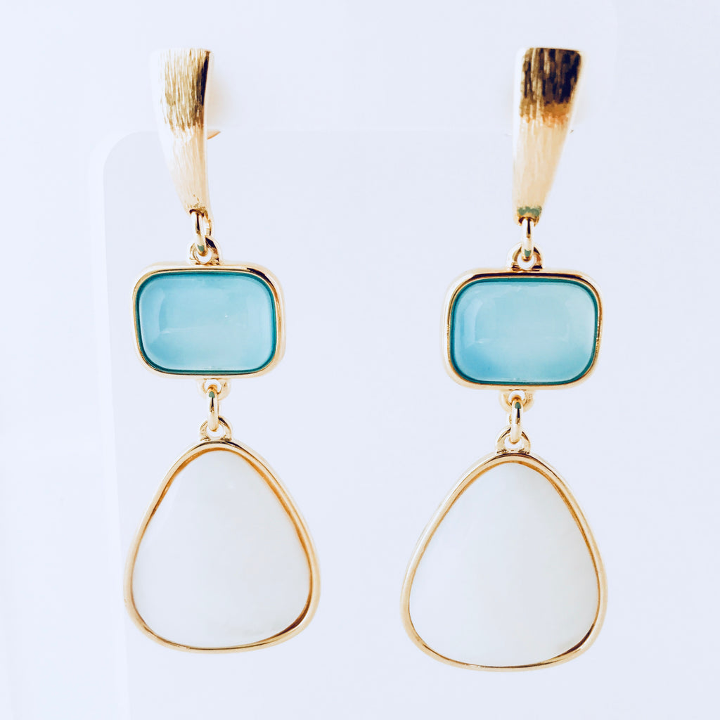 Cayman Blue Sky Agate & Mother of Pearl Earring