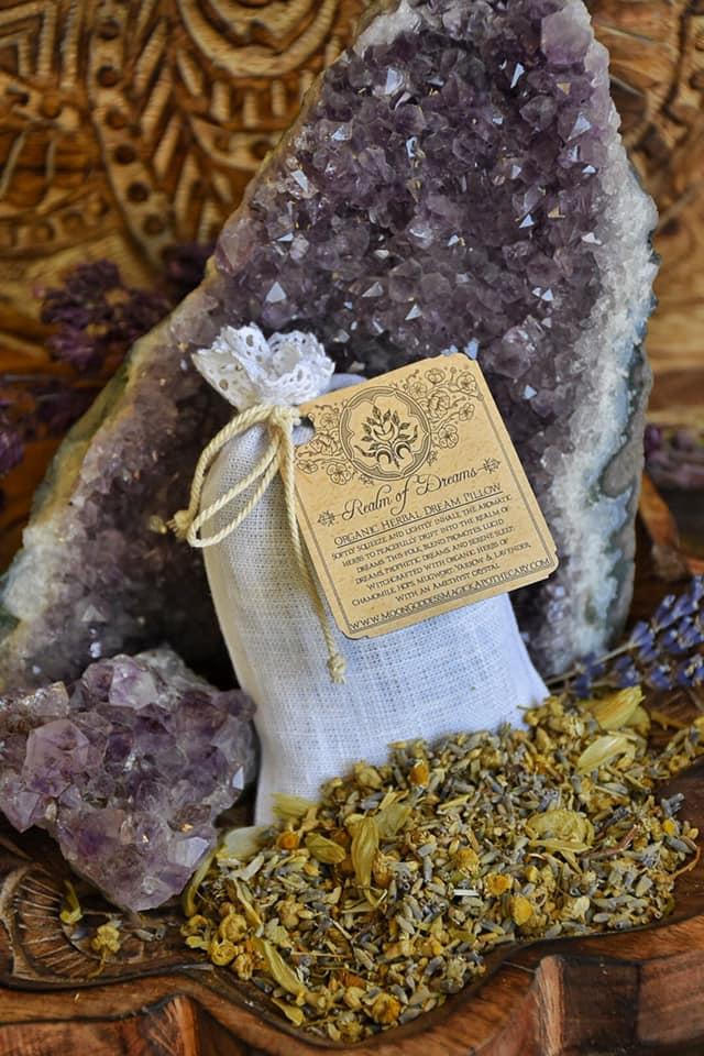Dream Pillow ~ Organic Herbs and Linen Bag~ Dream and Sleep Aid~ Dreamwork~ Dream Recall~ Vivid Dreams ~ Amethyst Crystal inside~ Meditation - Moon Goddess Magick Apothecary