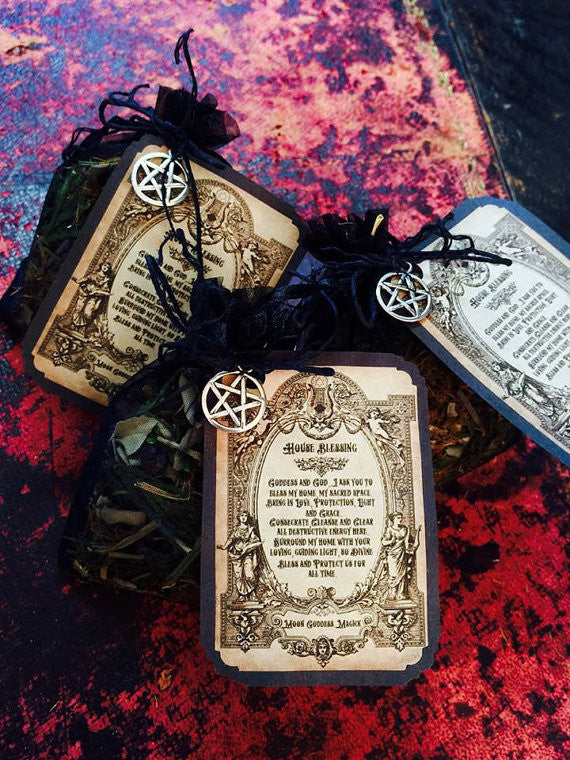 House Blessing Pouch~ Protect your Home from the Ground up~ Home Protection ~ Cleansing Energy ~ Ancient Magick ~ Healing Magick - Moon Goddess Magick Apothecary
