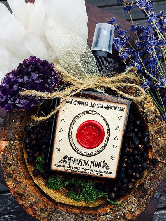 Protection Spray •Blessed Water, Essential Oils and Crystal Blend• Protection Salt• Moon Goddess Magick• Huge 5oz Bottle - Moon Goddess Magick Apothecary