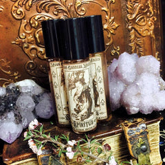 Spirit Guide ~ Spiritus oil~ Connection~ Spirit Guide Conjure~ Loving Connection~ Magick ~ Crystal Charged with Labradorite ~ - Moon Goddess Magick Apothecary