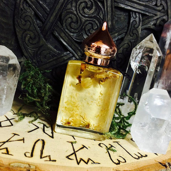 Water Element Oil....Cancer • Scorpio • Pisces • Love • Peace • Healing • Compassion • Dream Recall • Witchcraft - Moon Goddess Magick Apothecary