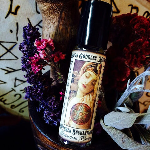 Witches Enchantment Oil ~ Bewitching ~ Enchanting~ Alluring~ Sensual Oils~ Witchcraft ~ Magick~ Pagan Magick~ Moon Magick - Moon Goddess Magick Apothecary