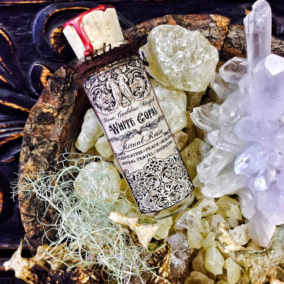 White Copal Resin ~ Pentagram Wax Seal Lid~ 1oz Jar~ Astral Travel ~ Divination ~ Invoking ~ Consecration - Moon Goddess Magick Apothecary