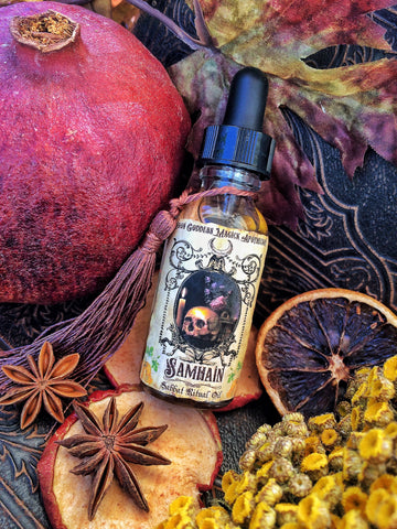 Samhain Oil ~ Ritual Oil ~ Sacred Sabbat ~ A Divinaton Oil for Spirit contact ~ Witchcraft ~ Pagan ~Hallowmas ~ Ban-Druidh ~ 1oz bottle - Moon Goddess Magick Apothecary