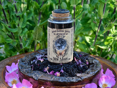 New Moon Ritual Bath Salts /// Ritual Aromatherapy for Release and Respite /// 4 Ritual Baths /// New Moon Magick - Moon Goddess Magick Apothecary