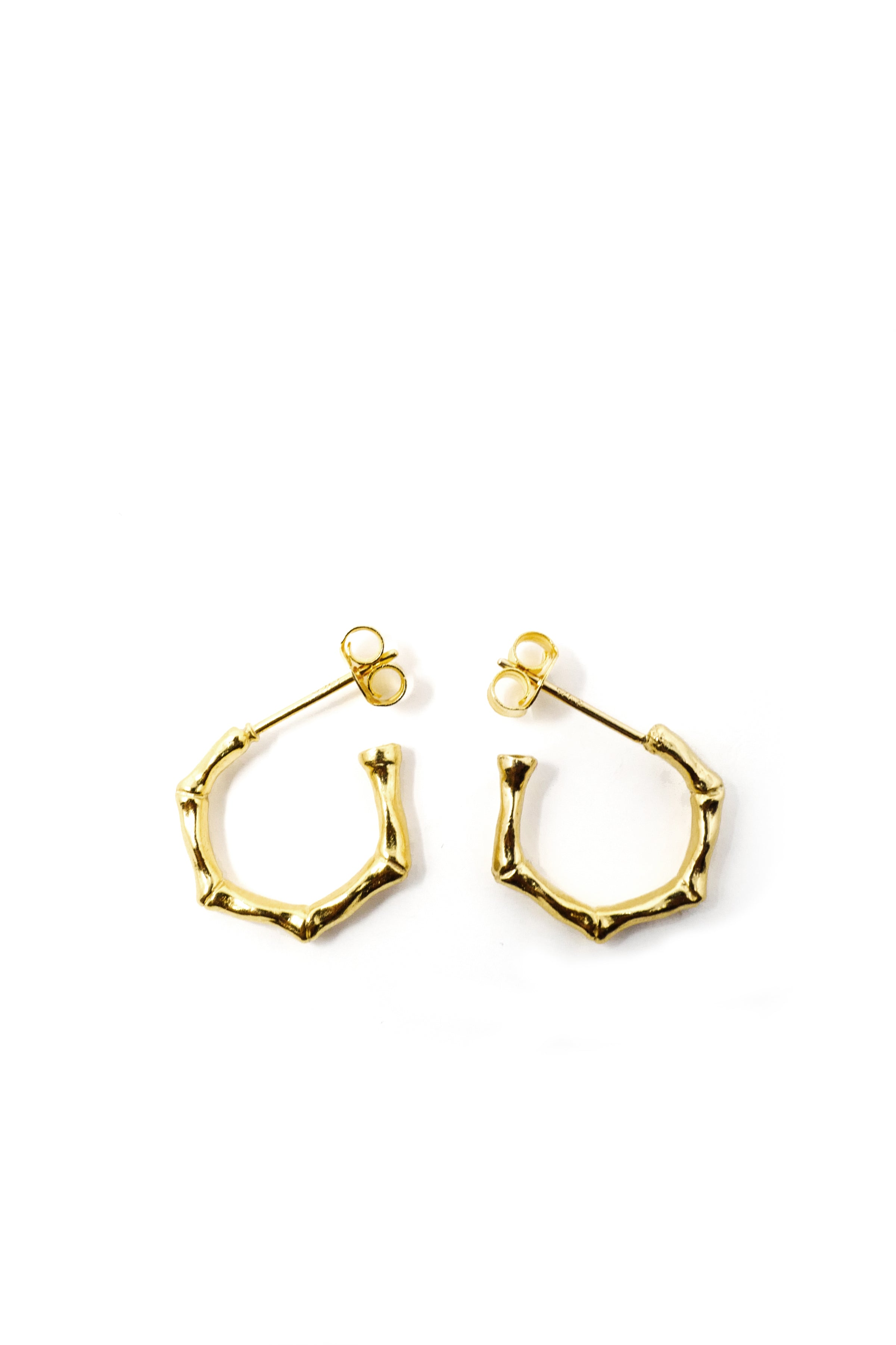 THE MINI BAMBOO Huggie Earrings