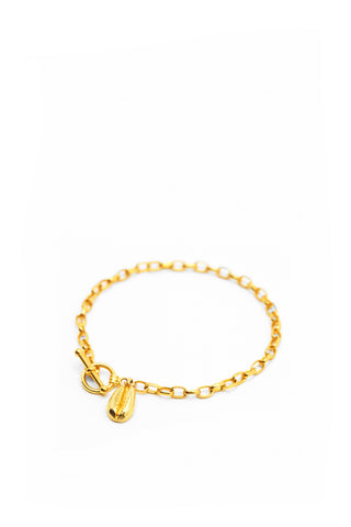 THE TOGGLE I Bracelet with Cowrie Pendant
