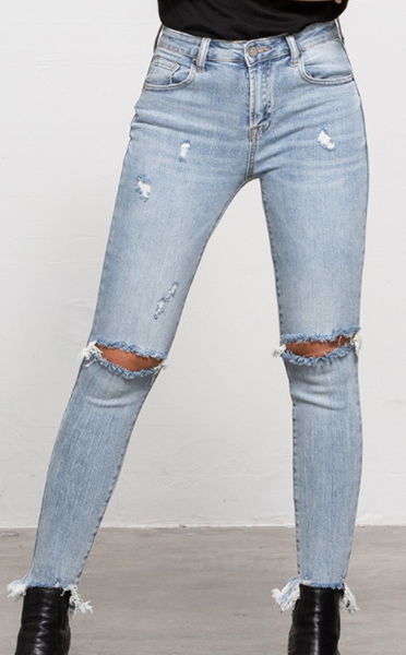 Central Time Skinny Jeans