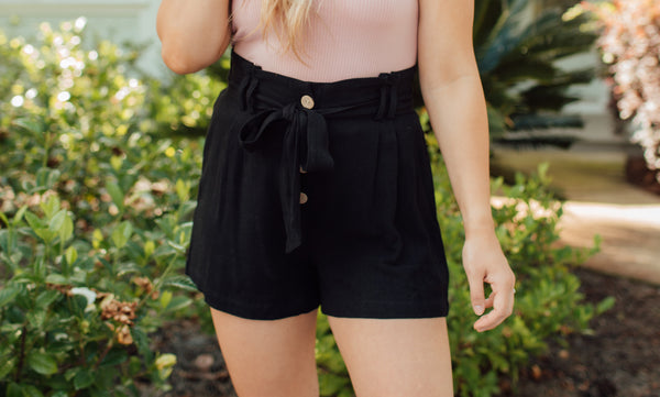 Sandy Toes Shorts - Black