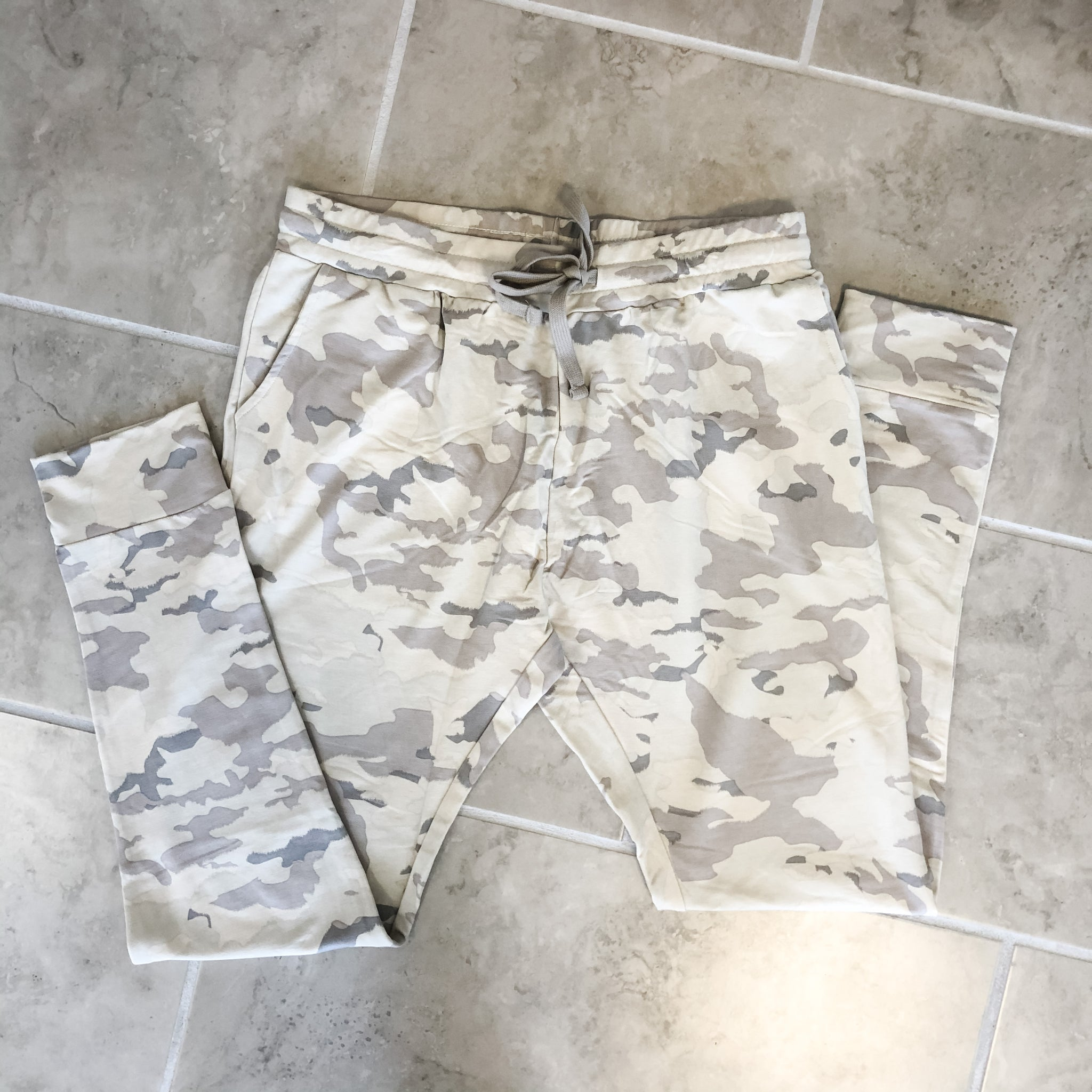 Snow Camo Joggers - PLUS SIZE