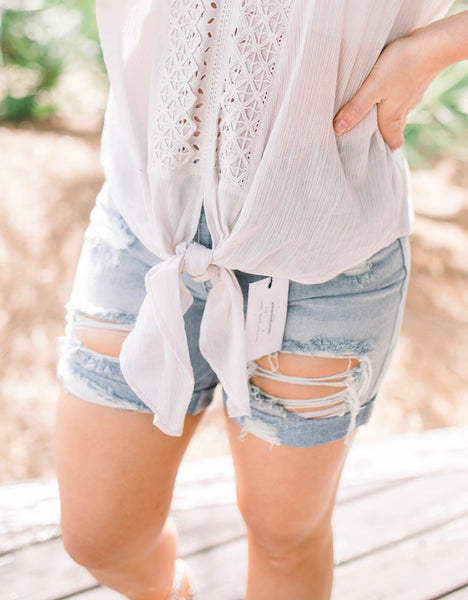 Mandi Mom Shorts - Denim