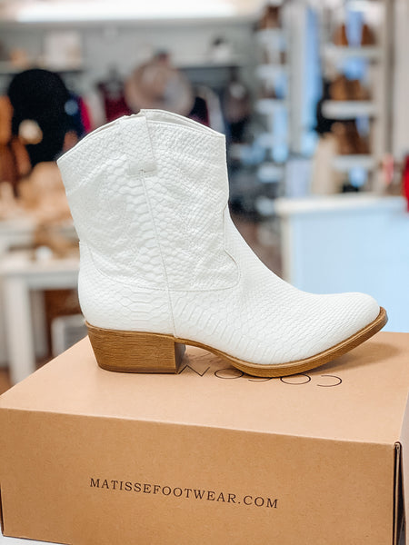 Line Dance Boots - White